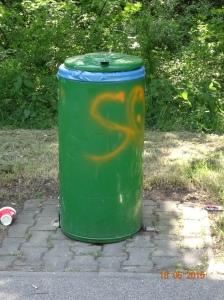 Prima, wenn der Müll in der Tonne liegt. © Paul Bock