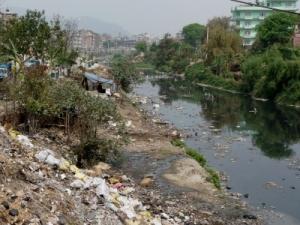 Müllhalde in Nepal © Dieter Schütz_pixelio.de