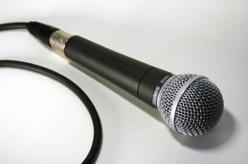 Mikrofon_R_by_Maclatz_pixelio.de